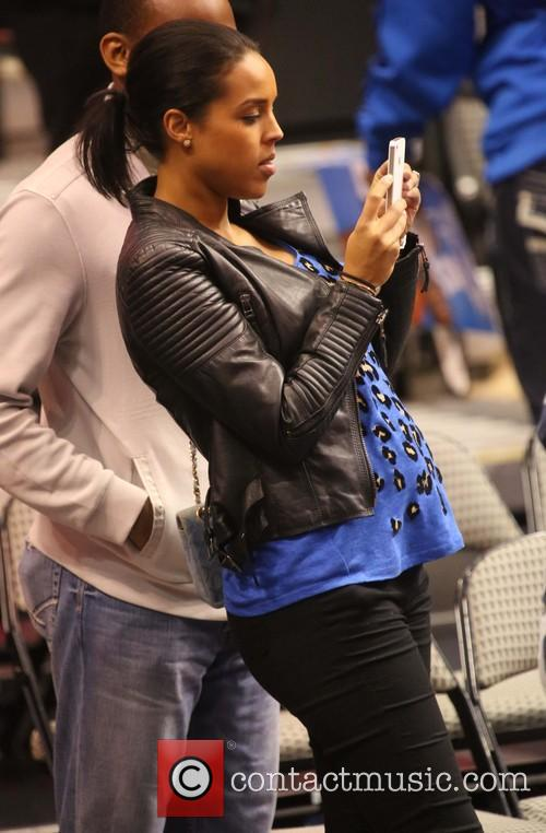 jessica ollson during the dallas clippers game