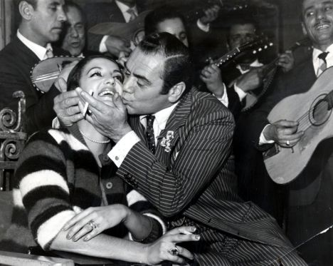 ernest borgnine and katy jurado