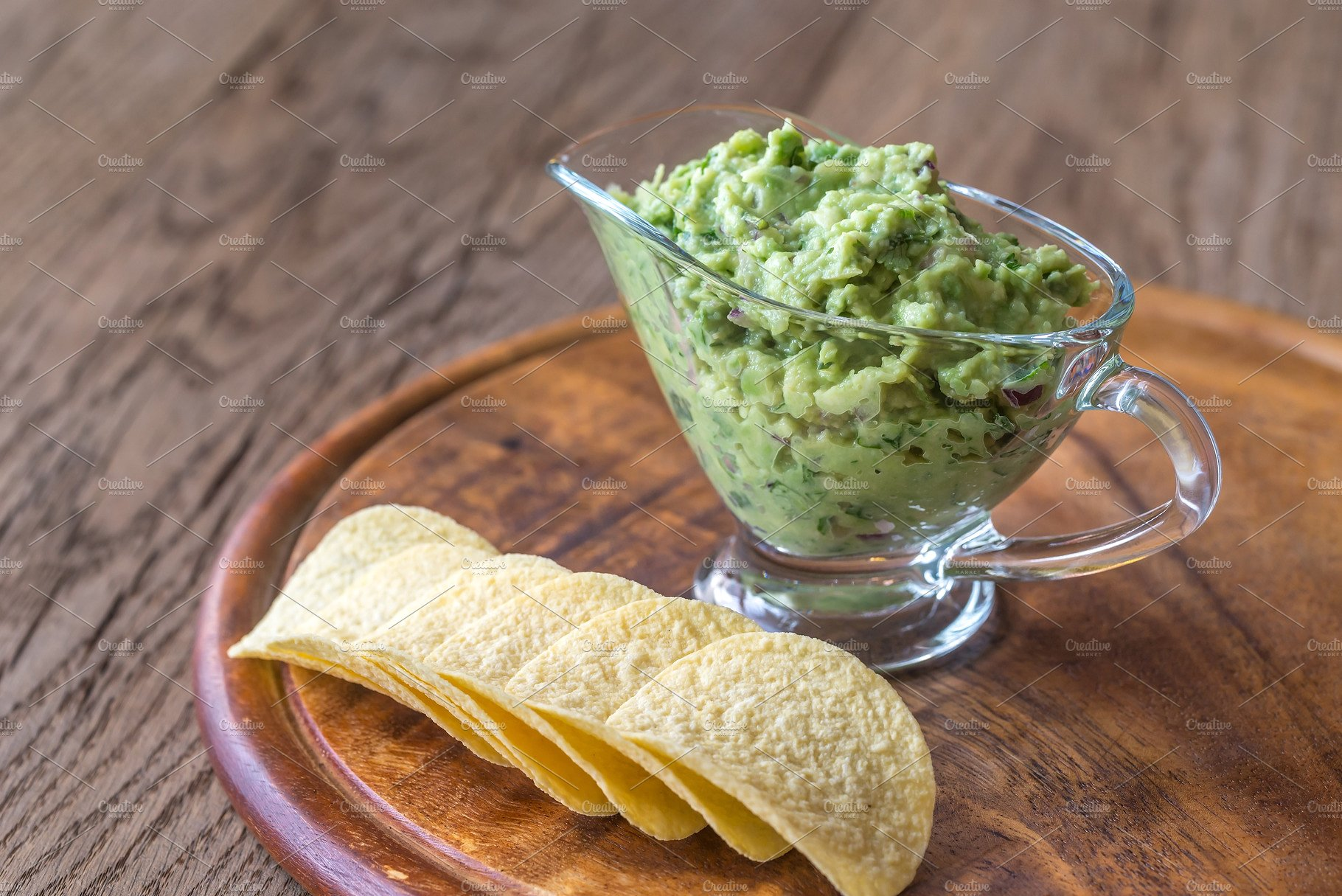 guacamole and bean chips