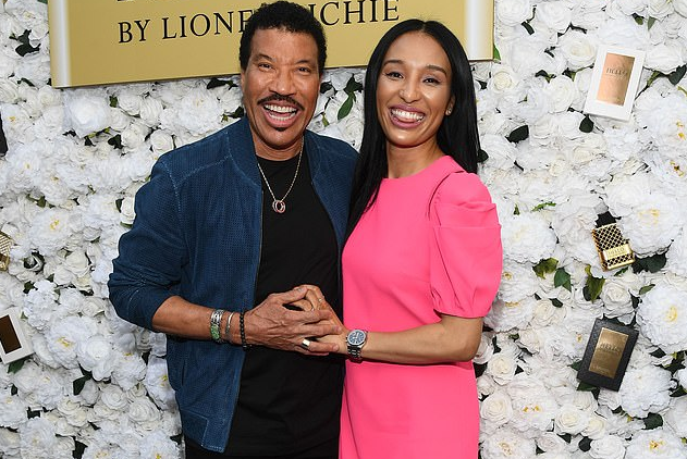 Lisa Parigi and Lionel Richie