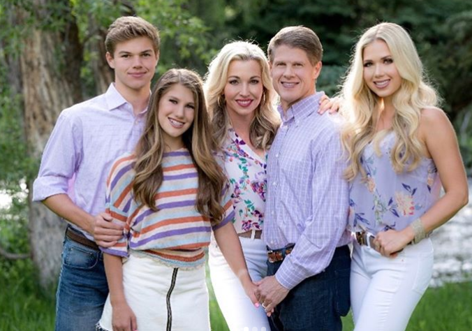 Tavia Hunt with her family