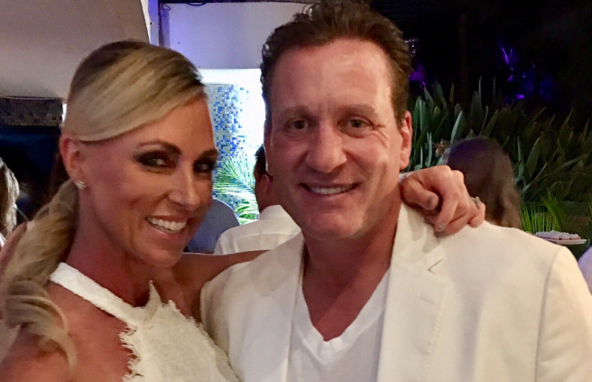 Tracy Roenick with husband Jeremy Roenick