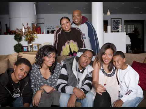 Simmons's family