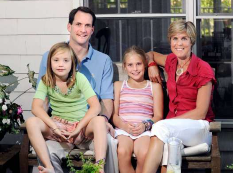 Jim Himes with his family