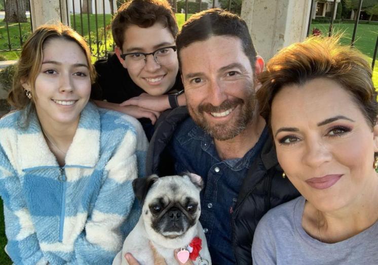 Kari Lake with her family