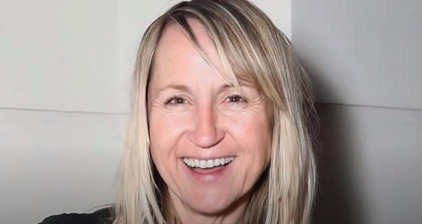 Carol McGiffin1
